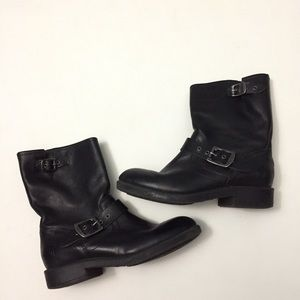 Boy's Frye engineer boots size 1.5